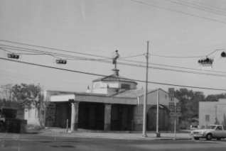 Mobil Gas Station, Old