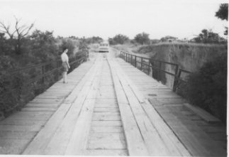 Bridge south of intersection of FM 1614